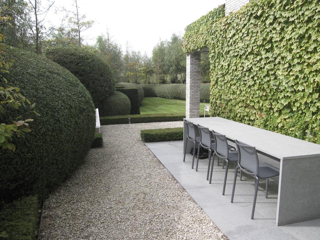 Strakke tuin ontwerp met oog voor textuur en materialen for Ontwerp tuin