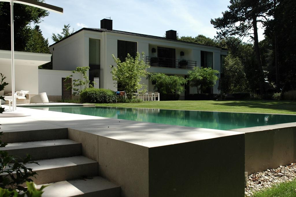 Moderne tuin ontwerp ge nspireerd op klassieke zentuin avantgarden - Omgeving zwembad ontwerp ...