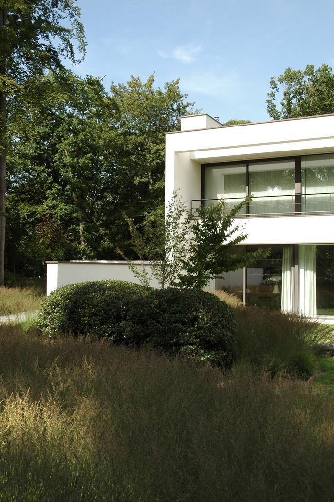 Avantgarden-Hedendaagse-tuinen-Raakpunt-tussen-natuur-en-architectuur-04