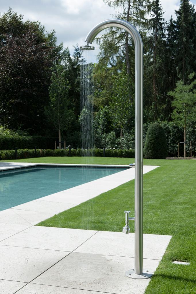 zwembad en poolhouse