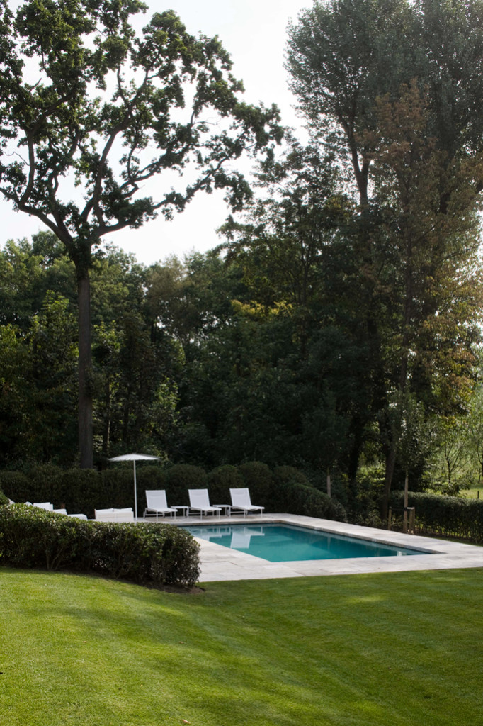 villatuin met zwembad