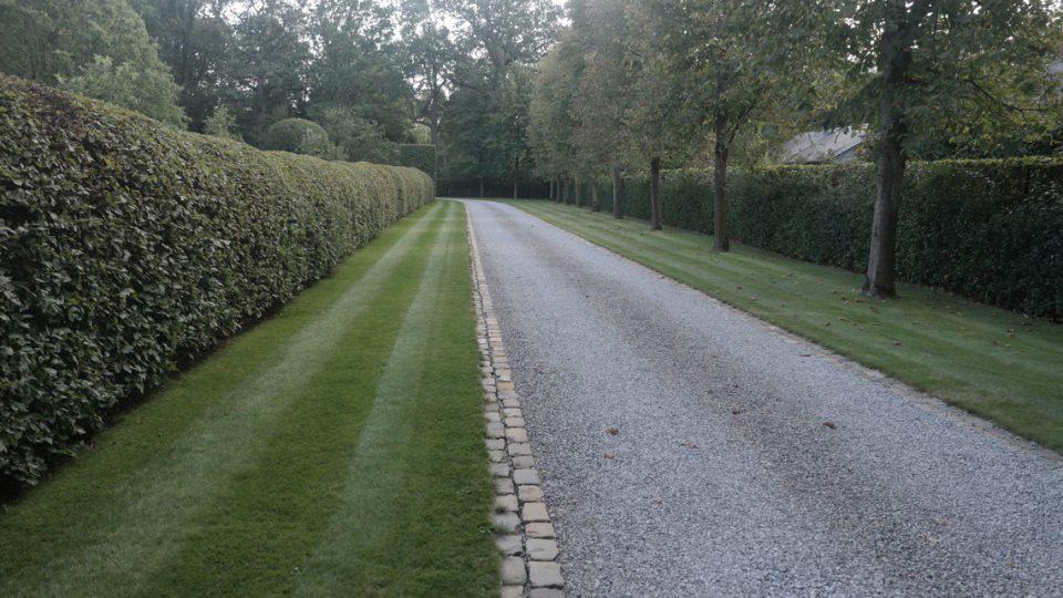 Oprijlaan villa Noord-Antwerpen